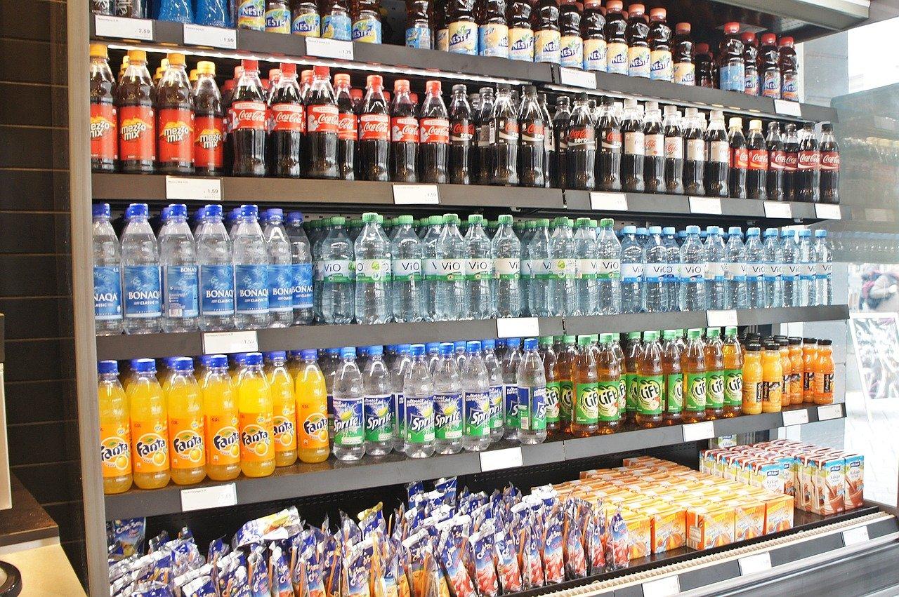 Aantasting kindergebit door teveel suikers in (fris)drank