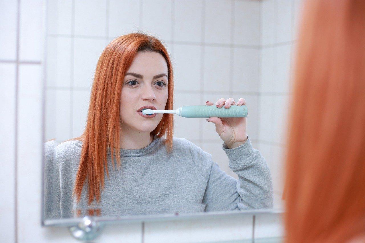 Slecht tanden poetsen: slecht voor het hart!